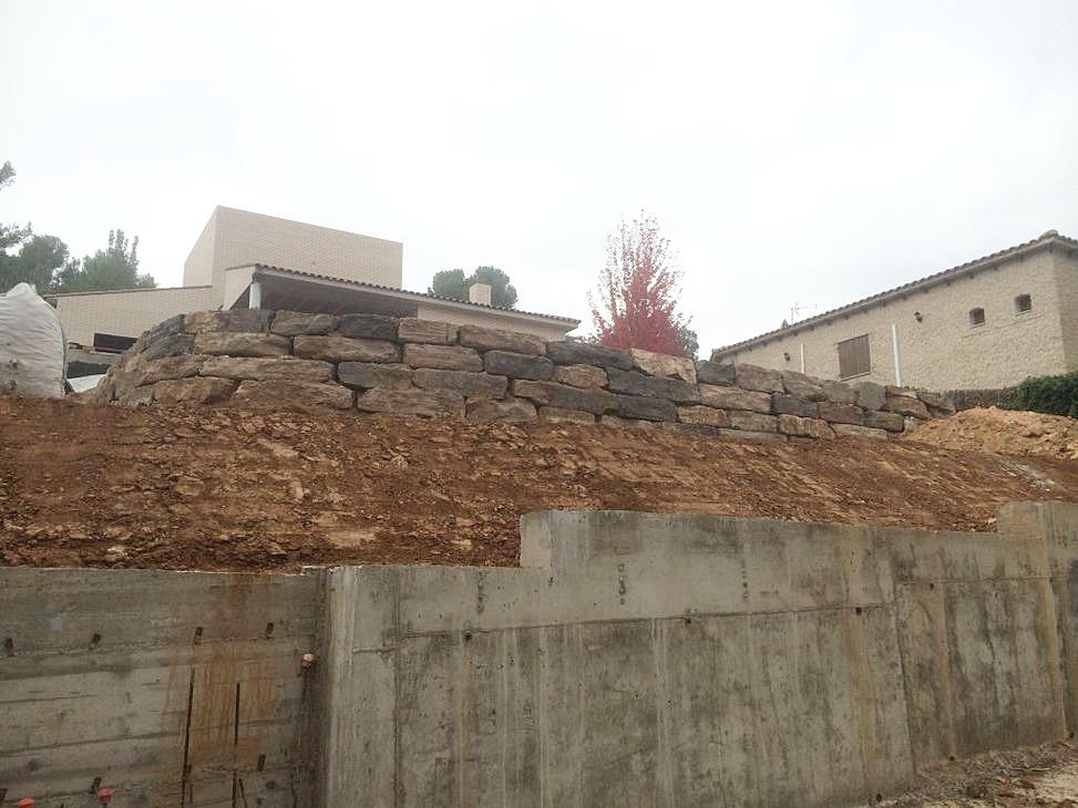 Muros de rocalla y escolleras excavaciones y rocallas catalunya - Muros de rocalla ...
